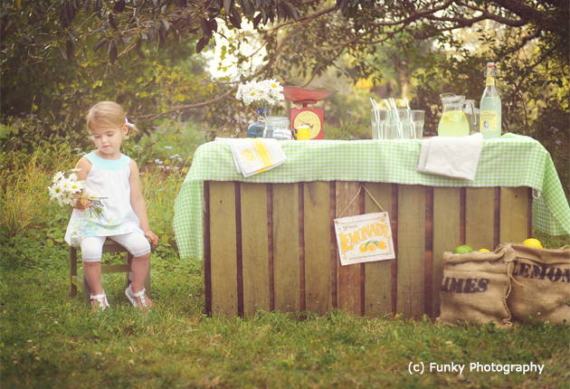 vintage lemonade stand with a little girl