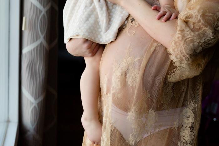 Jennifer Kapala Maternity 9