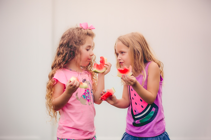 TracySweeney_ElanStudio_girls_eating_watermelon_13